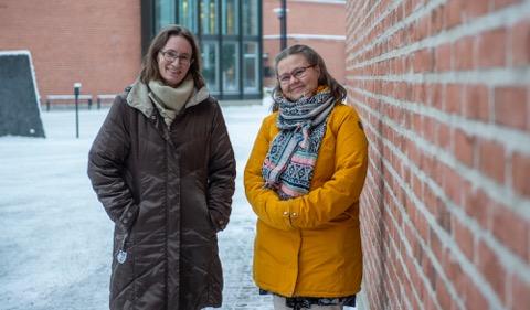 Elina ja Emilia, photo Varpu Hesikanen